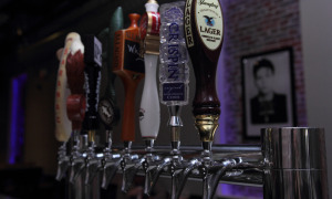 Beer, Taps, yuengling, crispin, 2014, 2015, Sinatra, beer, taps, bar, grill, Philadelphia,pa, bricks, filial bar, pizza, happy hour, center city, del frisco, lounge, bar,cheap, 5 stars,